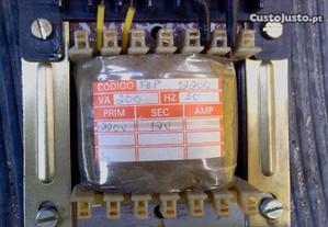 Transformador de Corrente alterna 12V 200VA