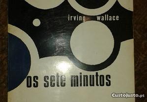 Irving Wallace (vários livros).