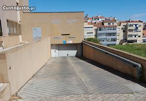 Estacionamento Benfica : Rua Jorge Barradas