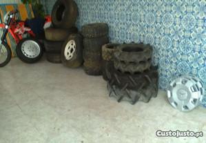 Vários pneus usados tratores jeep carros etc.