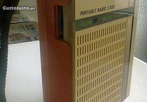 Rádio portátil Philips antigo