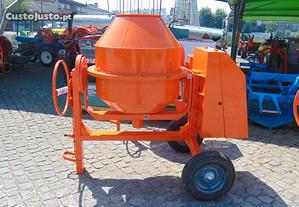 Betoneira de 370L Reforçada Extra Forte a Gasolina