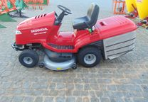 Trator de Cortar Relva Honda HF2622 HT com 122cm d