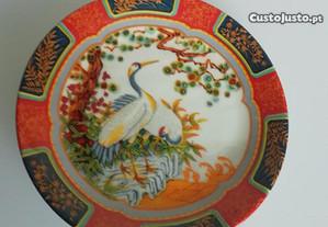 Prato em Porcelana oriental