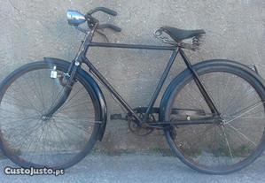 Bicicleta Pasteleira antiga roda 28 Sprinter