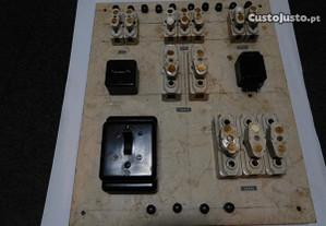 Quadro Eletrico Antigo em LOIÇA