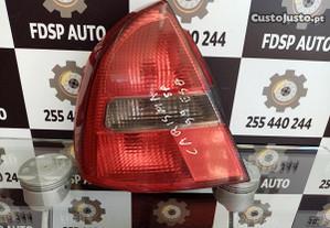 Farolim Stop Esq Mitsubishi Carisma 99