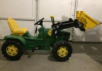 Tractor rolly toys john deere
