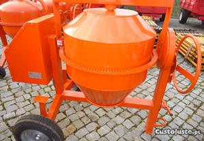 Betoneira de 350 litros monófisica