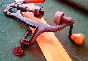 Rebordador de cartuchos de caça, vintage