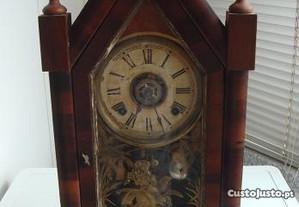 Relógio Capela Muito Antigo