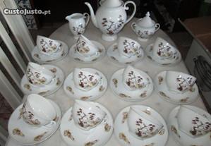 Serviço de chá de porcelana fina da SPAL para 12