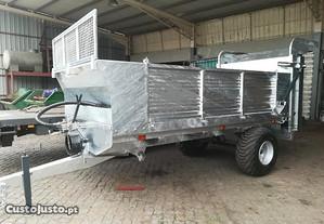Reboque Espalhador estrume Novo 7000 kg