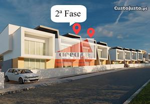 2ª Fase - 4 moradias de luxo, em construção, à ent