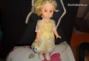Boneca Lindissima 30cm altura +ou- Oferta Envio