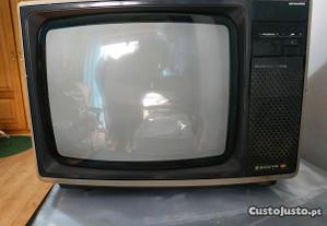 TV sanyo antiga
