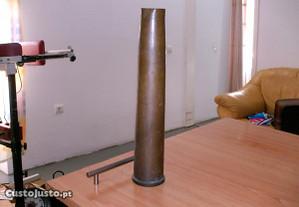 Antigo envolucro de munição 40mm