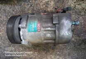 Compressor do A/C Seat Ibiza/ Cordoba 1.4 i