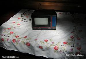 tv portátel 20+13 preto branco coleção