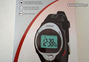 Relógio com medidor ritmo cardíaco