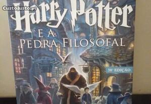 Livro COMO NOVO - Harry Potter e a Pedra Filosofal