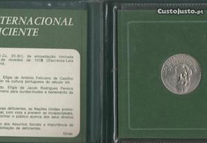 2 Moedas 100 e 25 Escudos 1981.
