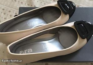 Sapatos em pele (a estrear) tamanho 41