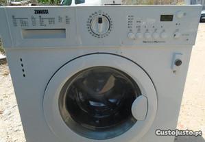Máquina de lavar e secar Zanussi mod ZNT 71401 WA