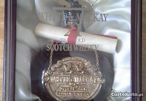 Garrafa de Whisky Whyte & Mackay 21 anos