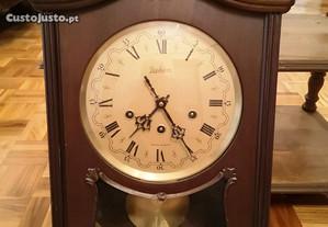 Relógio de Parede Reguladora