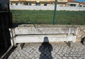 colunas de cimento usadas
