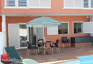 Casa com piscina privada a 400 mt da praia
