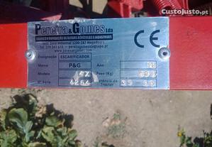 Alfaia Agrícola (Escarificador/Arado)