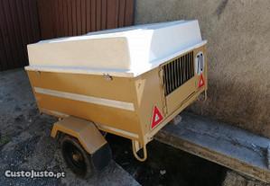 Reboque de transporte de cães