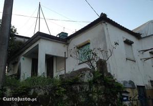 moradia t2 para restauro - Perre - Viana