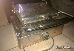 Tostadeira / Grelhador Fiamma Industrial 1800W