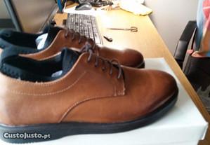Sapatos Ask the Missus em pele (Uk 6, EU 40)