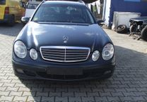 Mercedes-Benz E 220 w211 passageiros