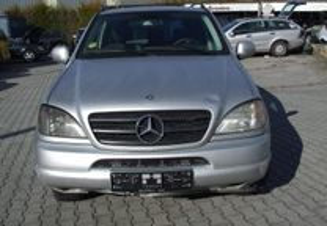 Mercedes-Benz ML 320 V6 GPL