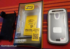 Capa Otterbox Defender p/Samsung S4 mini