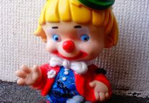 Antiga figura / boneco de chiar