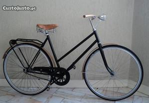 Bicicleta single speed única, guarda lamas madeira