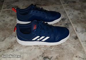Tenis / sapatilhas ADIDAS tamanho 38