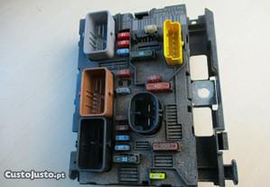 BSM caixa de fusiveis peugeot citroen 9661708280