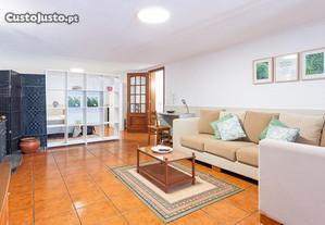 Apartamento bem localizado, junto ao Hiper Continente da Fajã de Baixo
