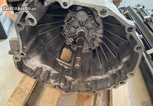 Caixa velocidades nissan D22 4X4 ano 2011 c/nova