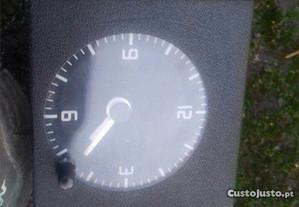 Relógio Renault clio