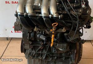 Motor para VW Golf IV 1.8i Referência AGN