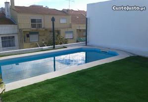 A 5KM de Lisboa e Costa da Caparica com piscina