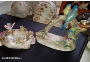2 porcelanas florais com passaros aveiro